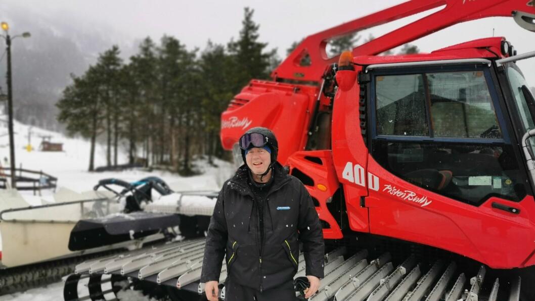LABER VINTER: Det har vore ein krevjande vinter for Runar Henning Tørvi og Sogn skisenter.