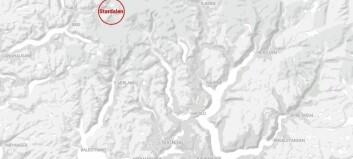 Far og barn i tenåra flaut oppå skred i Sunnfjord. Søkjet avslutta