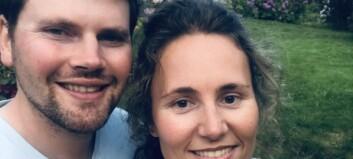 Når bryllaupsfotografen Endre (32) giftar seg med Kristina (35), blir bryllaupet delt i tre