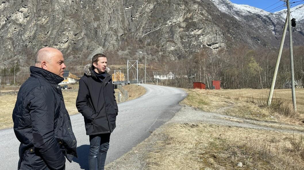 HÅP: Ordførar i Lærdal Audun Mo (t.v) og Prosjektleiar Per Åke Evjestad er blandt dei som skal møte med Statsforvaltaren neste veke.