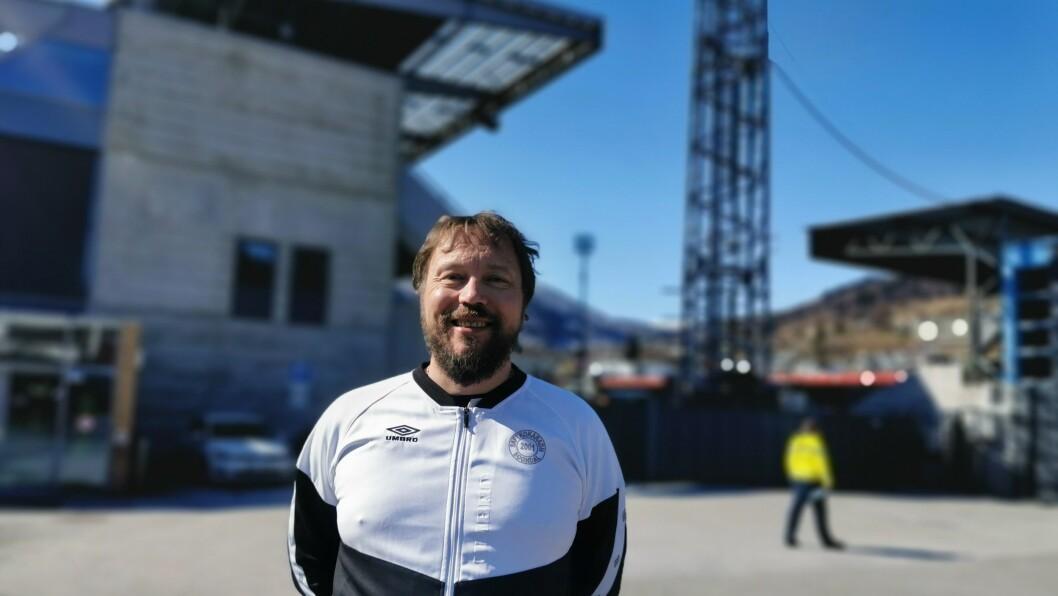 TILBAKE: Saftkokar-sjef Øyvind Heimseth Larsen gler seg til å vere attende på stadion, når Sogndal tek imot Brann til treningskamp i dag.