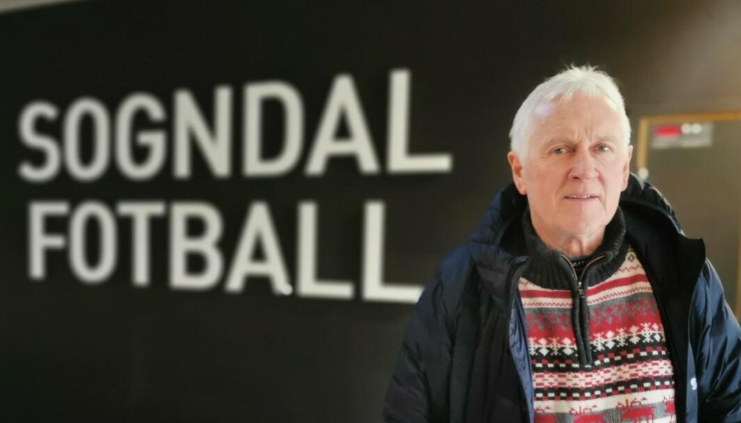 FORBETRING TRENGS: Jon Navarsete meinar Sogndal Fotball sin veg mot opprykk ser skremmande lang ut.