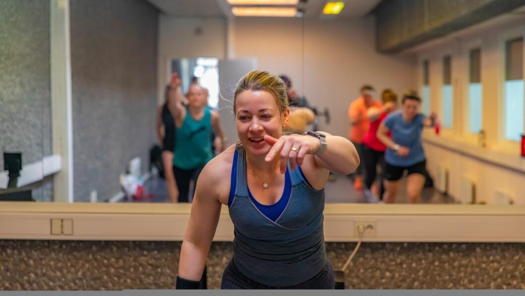TRENING: For Stine Baumann er trening viktig, og kan ho bruke av kompetansen sin til beste for lokalsamfunnet, gjer ho det gladeleg.