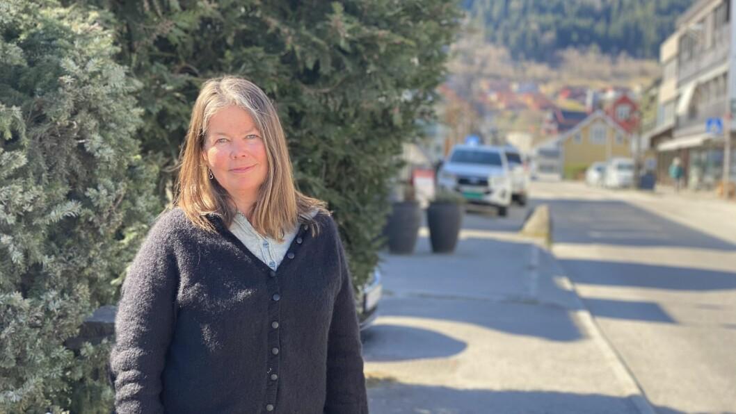 SV: Meiningsinnlegget er skrive av  kvinnepolitisk ansvarleg i Vestland SV Vibeke Johnsen, stortingskandidat for SV i Hordaland Sara Bell, gruppeleiar i Vestland SV Marthe Hammer og stortingskandidat for SV i Sogn og Fjordane Hege Lothe.