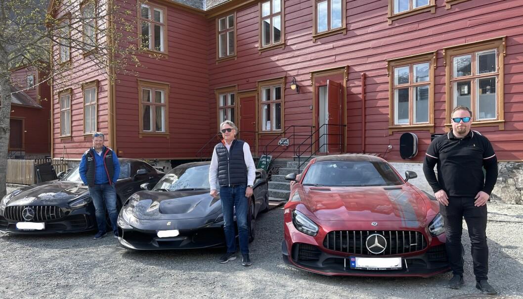 F.v. Evald Holstad med sin Mercedes AMG GTR, Erik Gilje med sin Ferrari F8 Tributo, og Torbjørn Kvie med sin Mercedes AMG GTR