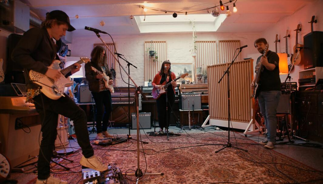 BANDET: Her er bandet på øving. Fredag denne veka slapp dei albumet «ta sjansen»