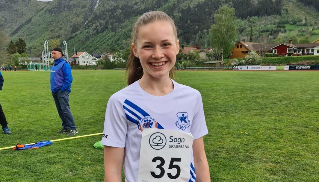 NÆRE: Marte Hovland frå Vik IL imponerte og sprang inn til tida 2.13.03 på 800 meter under stemnet i Vik i dag. Då vinkar EM-kravet på 2.10 i det fjerne.