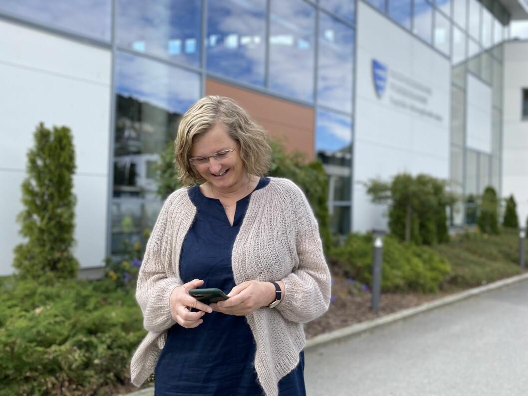 POPULÆR: Rektor ved Sogndal VGS Jorunn Felde etter at ho delte nyhenda med elevane om at eksamen var avlyst.