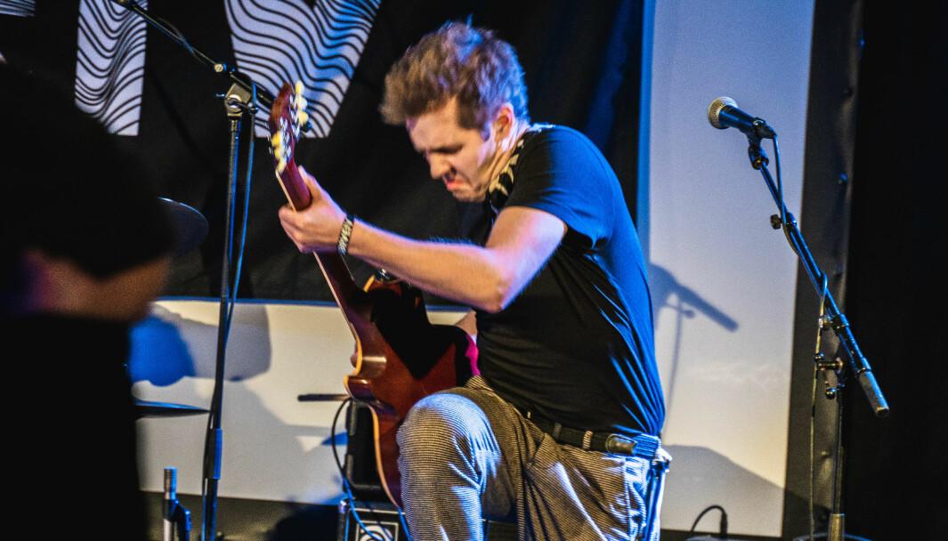Mathias Degnepoll Øren har jobba dei to siste åra med masteroppgåva si, som vart til eit band, og no har dei laga sitt første album