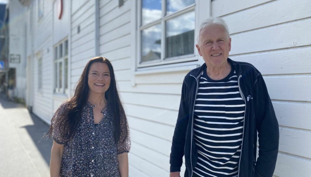 JUBILEUM: Marie Helene Hollevik Brandsdal og Jon Navarsete skal samle saman historiar frå fotballen