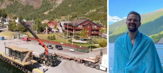 Her blir saunabåten til Torgeir sjøsett: – Nervane var i høgspenn