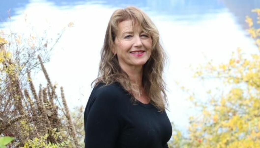 YOGA: Anne Marie Torheim tilbyr yoga kurs gjennom bedrifta Fjordyoga.