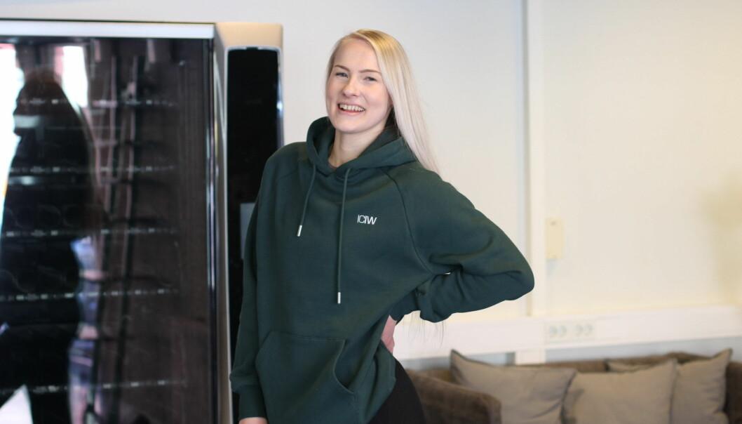 FÅR OPNE: Marita Aasen og Høyanger treninssenter AS får hjelp av kommunen til å få nye lokaler.