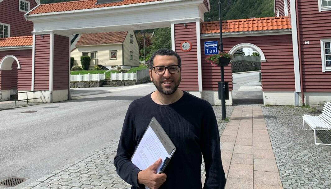 FILM: Mohanned Galal har gjort mykje filming på eiga hand i Høyanger. No får han for fyrste gong visa fram det han filmar.
