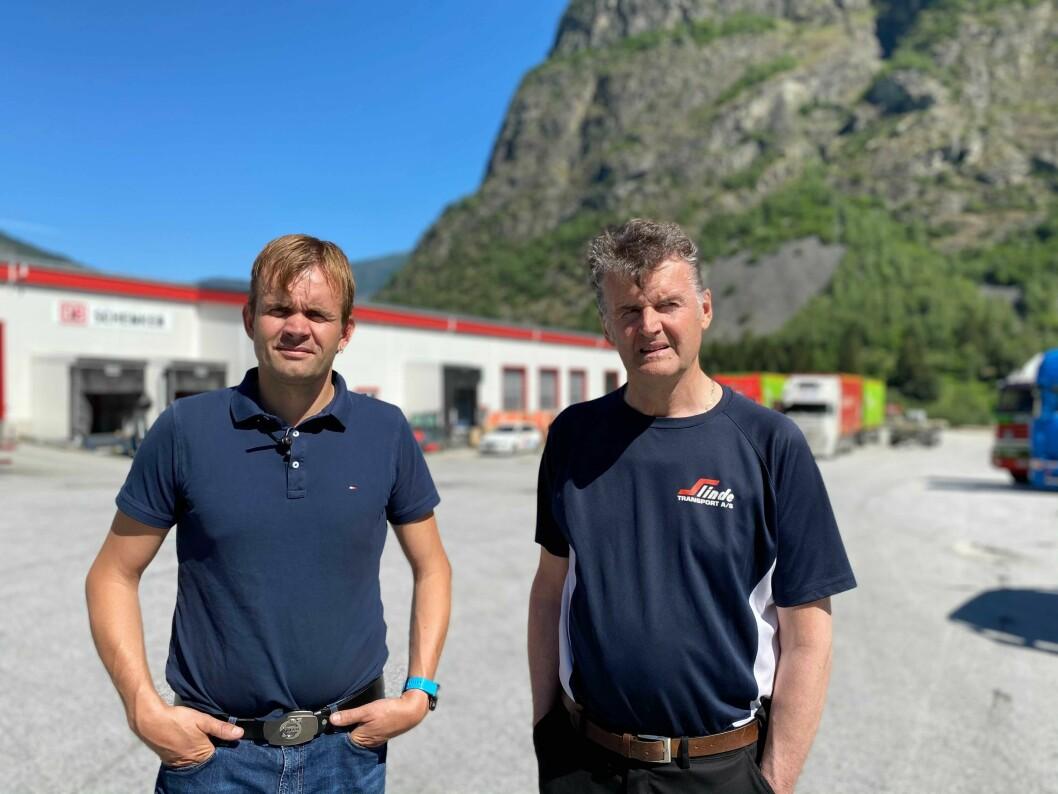 HÅP: Oppgraderinga av Lærdalstunnelen vil få store konsekvensar for Slinde Transport ved Håbakken som har over 50 tilsette. Frå Venstre: Dagleg leiar Arne Slinde Ahlin, og seniorkonsulent Magne Ahlin.