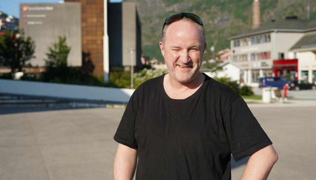 FYRSTE CD: Tore Leiren har drive med musikk i 35 år. No har han gitt ut sin fyrste CD.