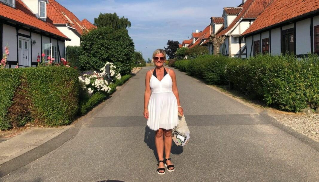 DANMARK: Dette bilete er teke i Mumleby som ligg i Lundeborg. Her er Kristin Vee på tur denne sommaren.