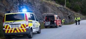 Ung mann køyrde i fjellveggen i Luster. Politiet vil etterforske: – Ingen naturleg plass å køyre av vegen