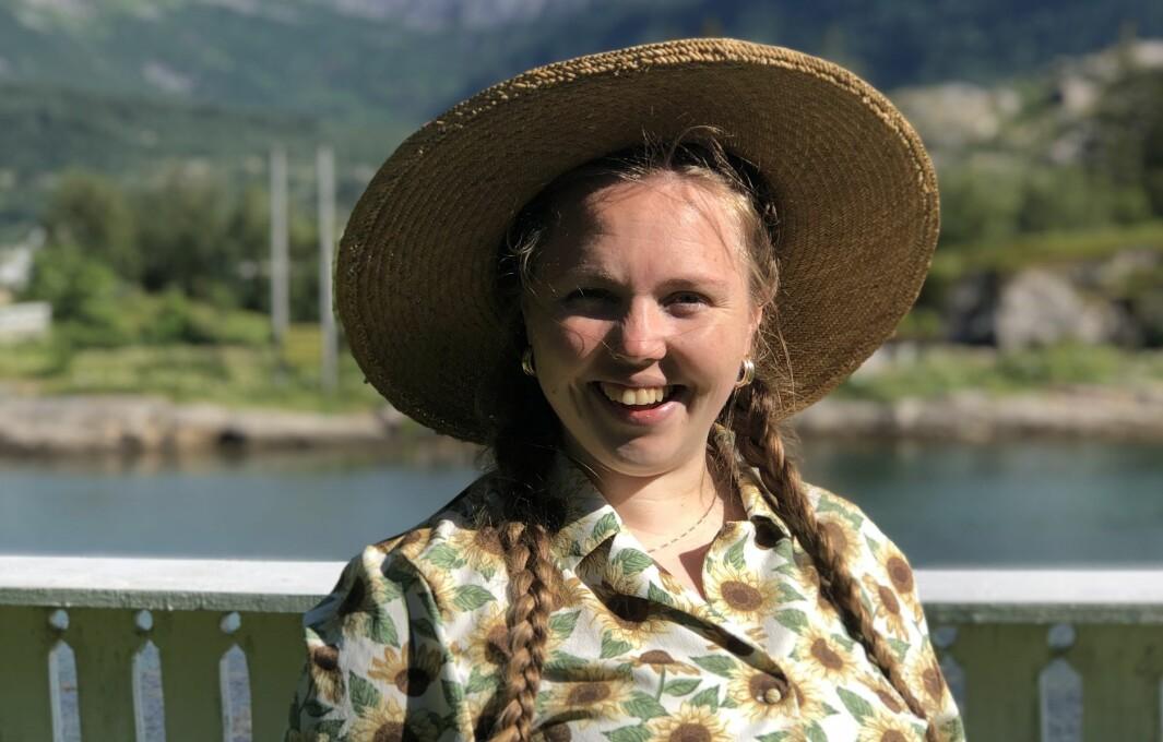 FESTIVALSJEF: Rebecka Randal ser fram til å kunna ta i mot born og unge på festival på tusenårsstaden i Gulen.