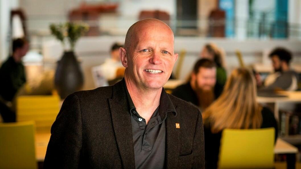 SKUFFA: Gunnar Yttri, rektor ved Høgskulen på Vestlandet, var ikkje like smilande og bli då han fekk vite om dei nye budsjettplanane for HVL i dag.