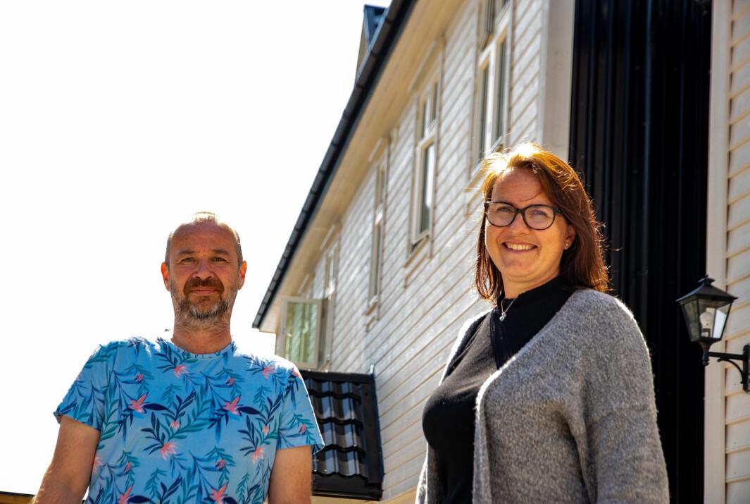 SATSAR: Øystein Øvrebø i Kvernafossen bryggeri opna dørene sine i starten av juli. Agnethe Smelvær og Malenas kafé er inne i sin andre sesong.
