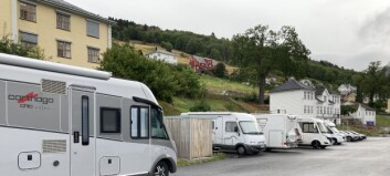 Systrendingar reagerer på villcamping – no gjer kommunen grep