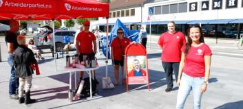 Mens Høgre pakkar ned teltet sitt held både Arbeidarpartiet og Raudt sitt ståande. Ein klar metafor for haustens val?
