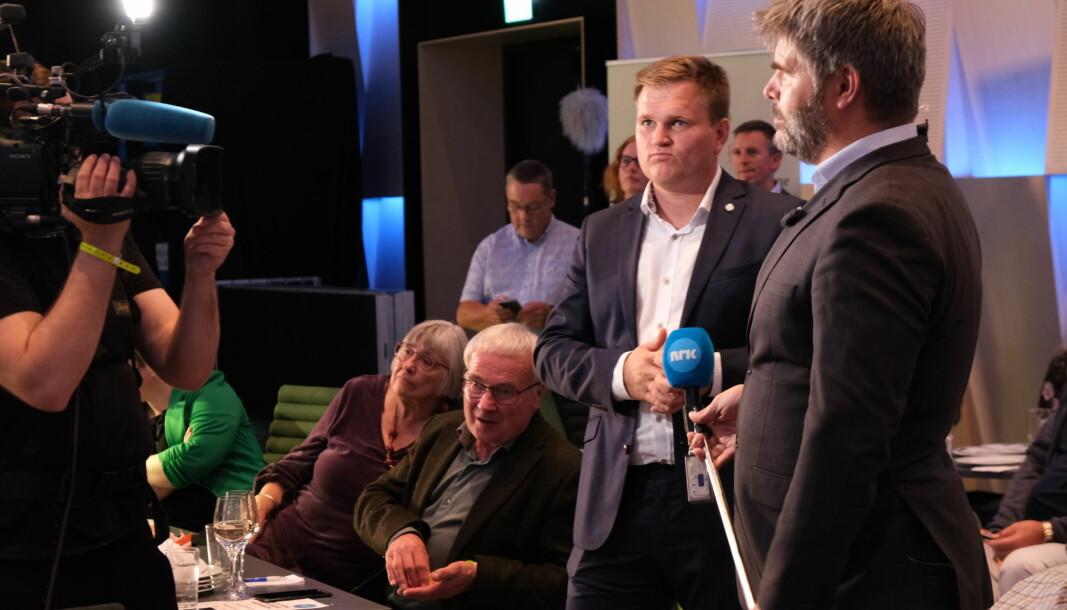 SPENT: Aleksander Øren Heen og Senterpartiet får nesten 20 prosent i heimbygda Årdal. I Sogn og fjordane er det framleis spennande.