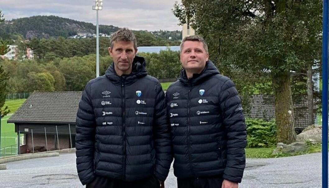 TØFF HAUST: Hausten blir ein kamp for å klare seg i 3. divisjon for Årdal sin trenarduo Ole Gunnar Hunderi og Morten Brandsdal.