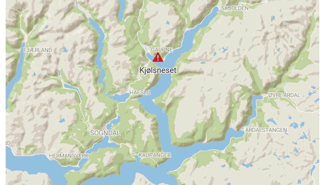 GAUPNE: Steinen skal ha falle ned ved Kjølsneset like utanfor Råumtunnelen.