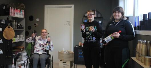 Aina, Anne og Hege trør til for å få ut overskotsvarer: - Bra at me hjelper til mot matsvinn