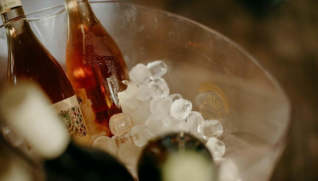 ALKOHOL: Skribenten argumenterer for at merksemda alkoholen har fått, har trumfa over mellom anna idretten.